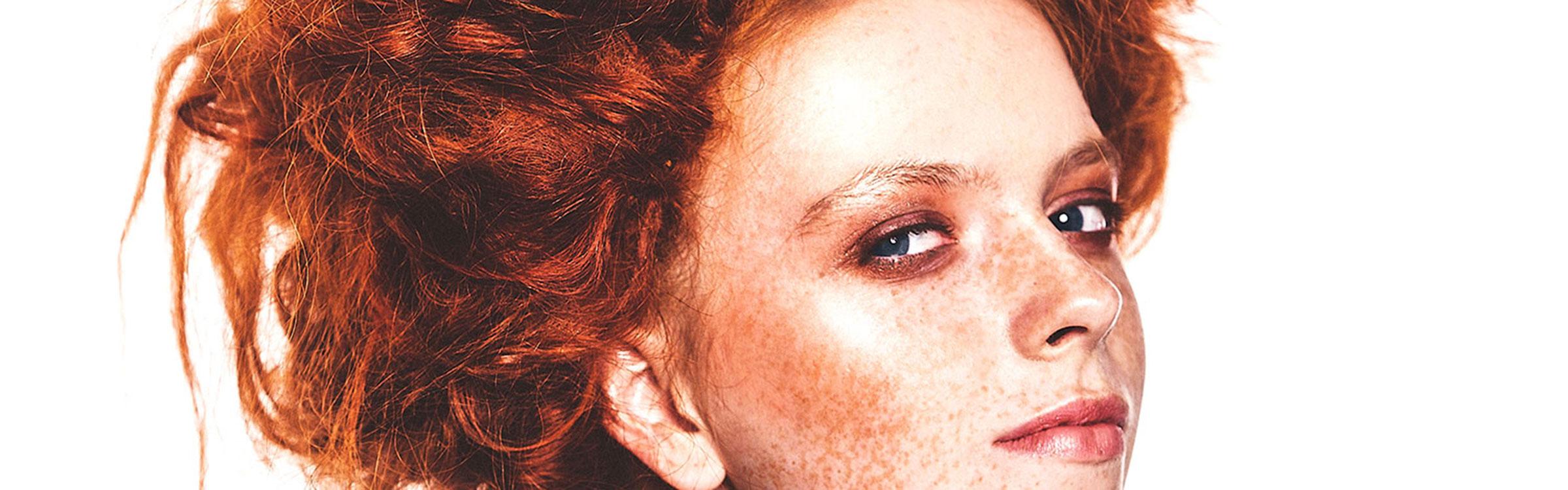 Web skaev redhead mila zed shutterstock