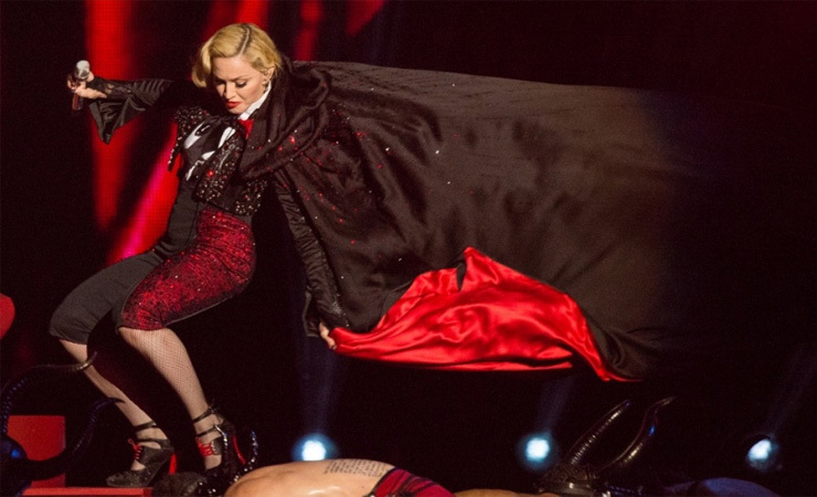 Madonna 02 0 0