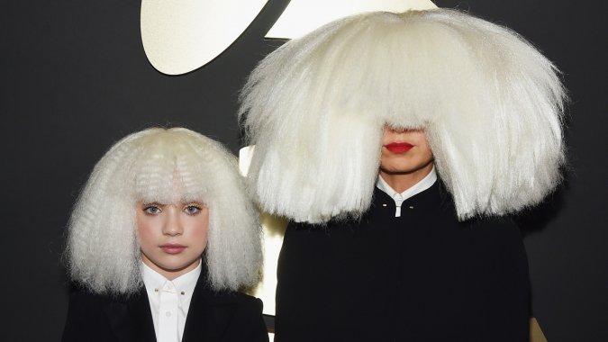 Sia hair 0