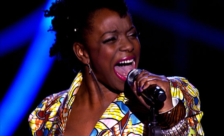 Cleo higgins performs on the voice 2
