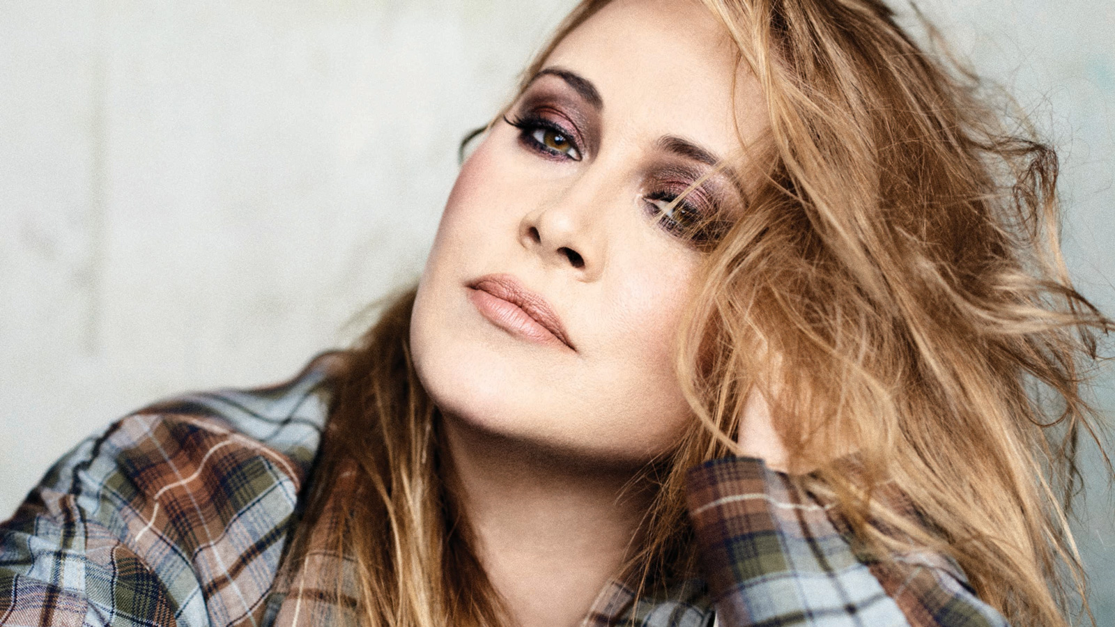 Anouk    queen for a day 8