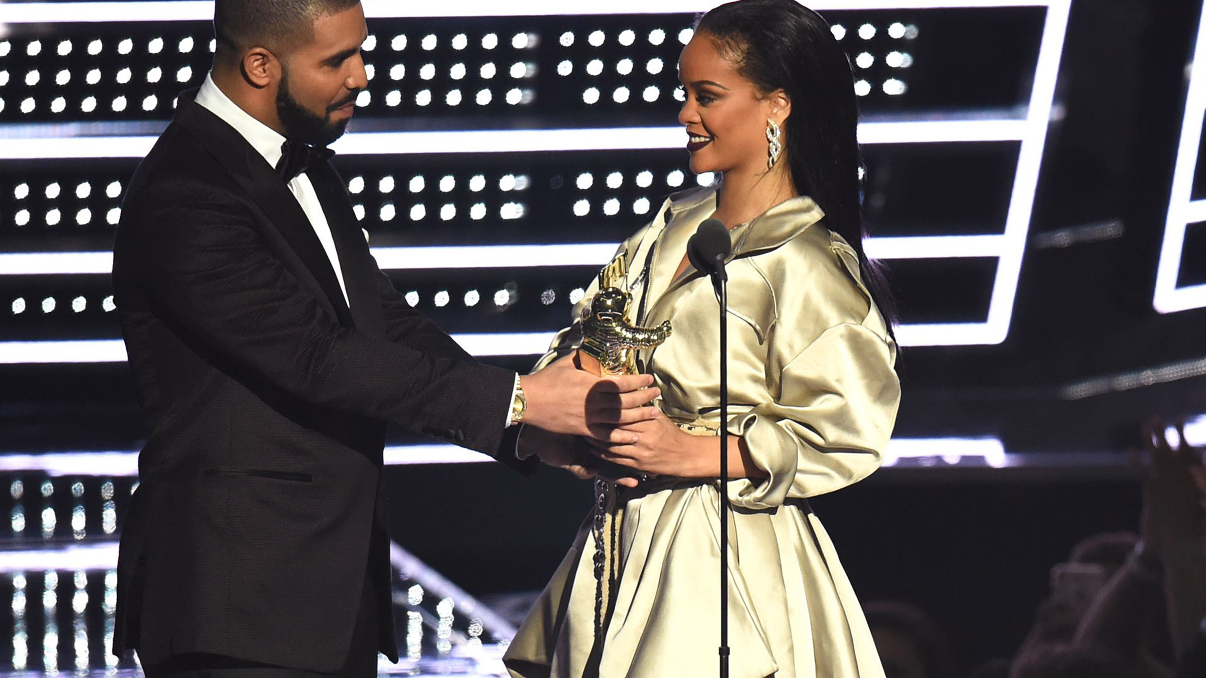Drake rihanna teaser