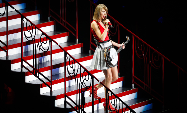 Taylor swift stairs