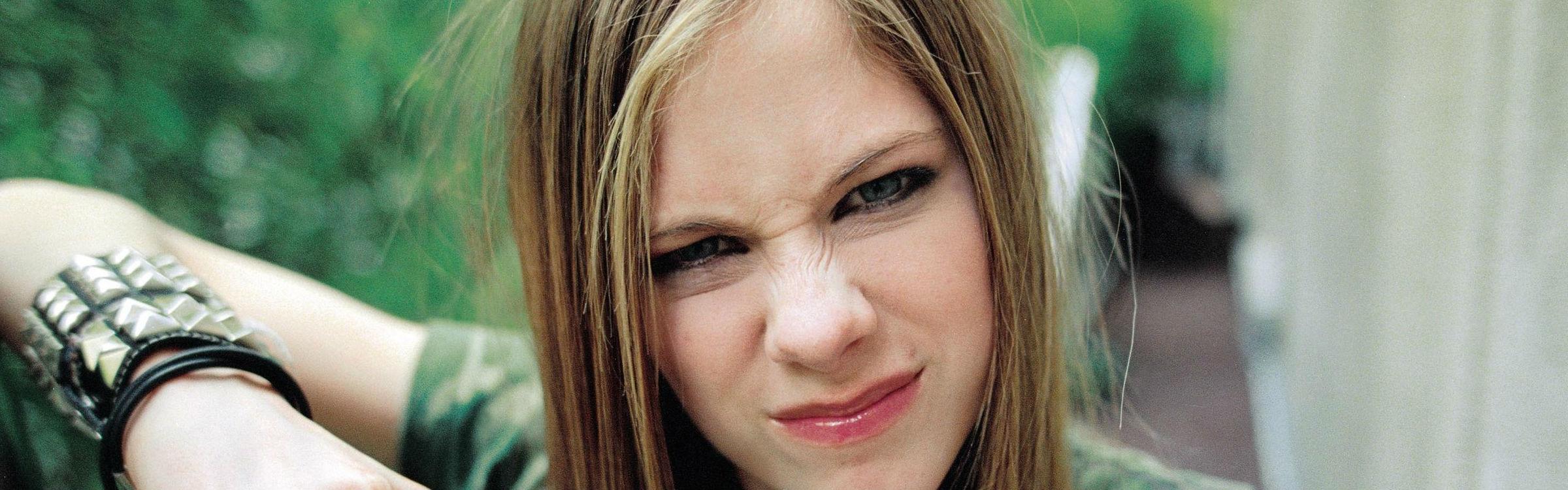 Avril header
