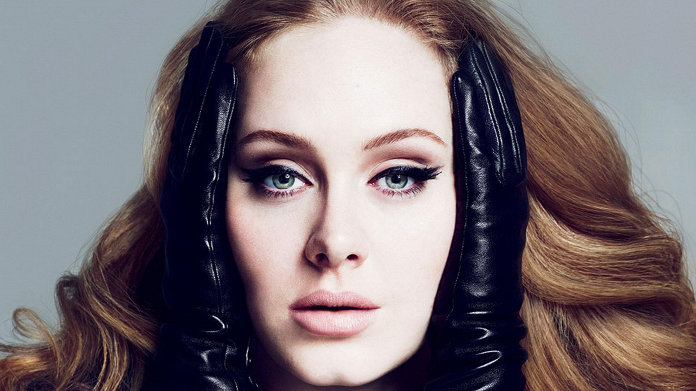 Adele23