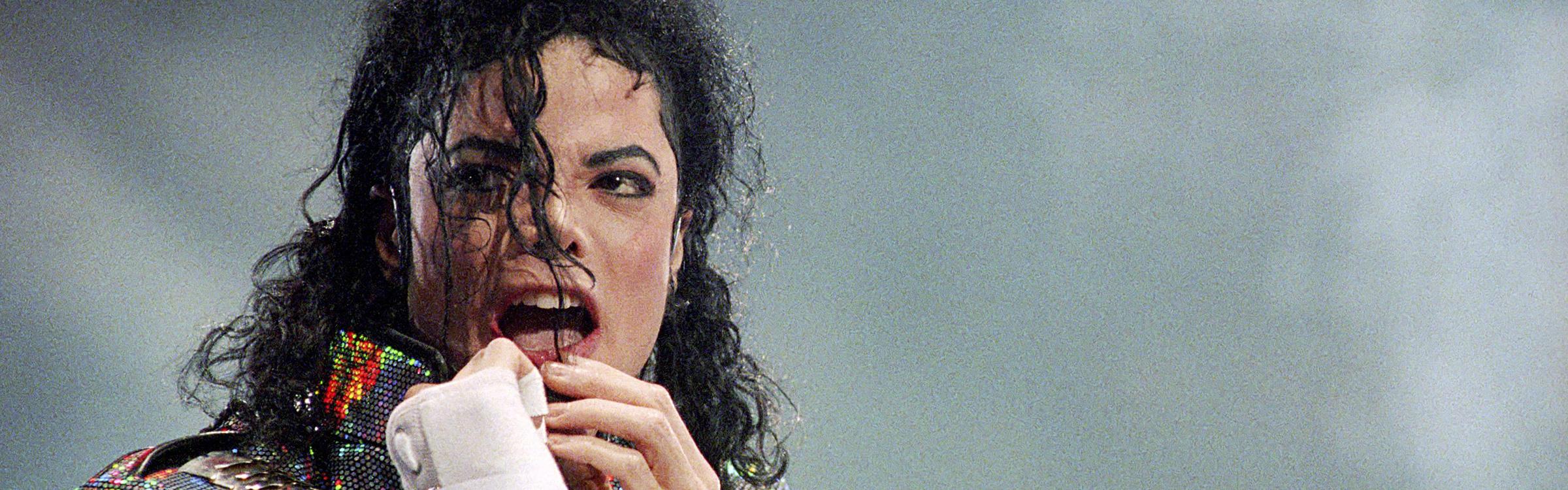 Michael header