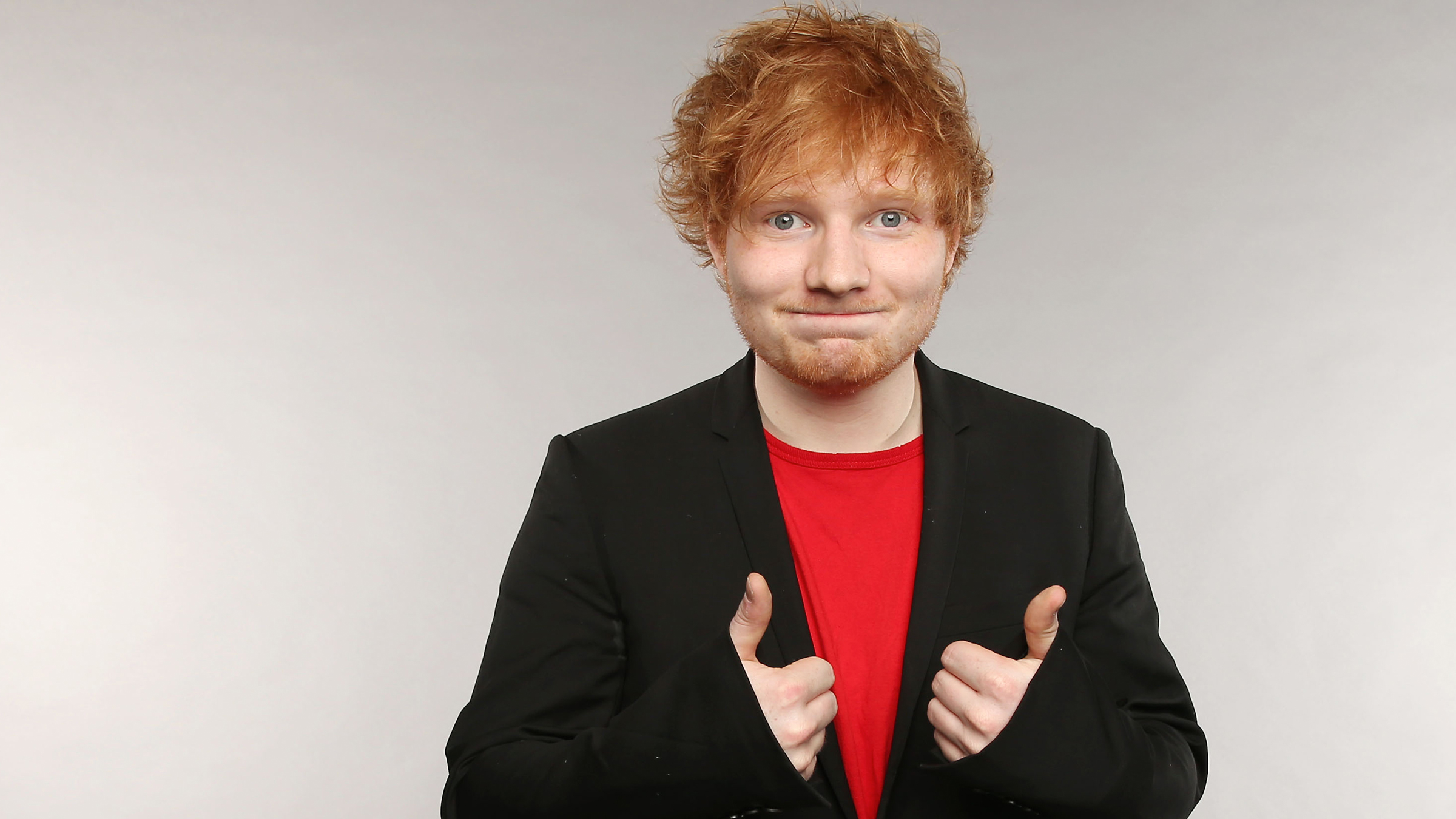 Teaser ed sheeran thumbs up